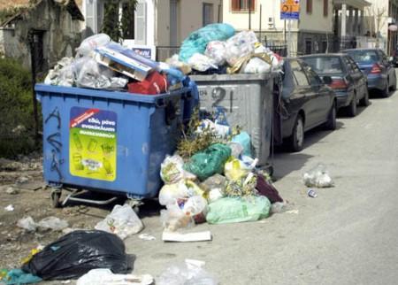 Πτώμα γυναίκας σε σάκο σκουπιδιών