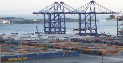 Αύξηση 35% οι ελληνικές εξαγωγές τον Φεβρουάριο