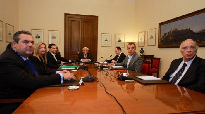 """Οι """"καυτοί"""" διάλογοι και το παρασκήνιο της σύσκεψης στο προεδρικό μέγαρο…"""
